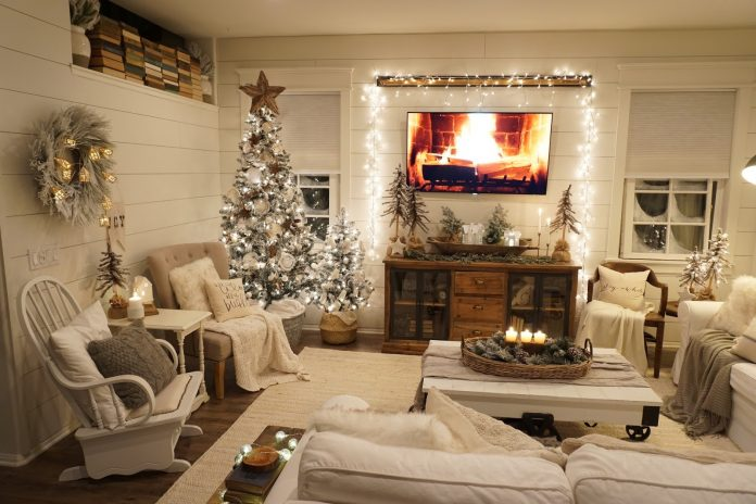 Winter-Wonderland-Themed-Party-in-a-Living-Room