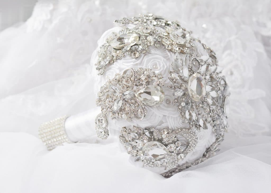 crystal-bridal-bouquets