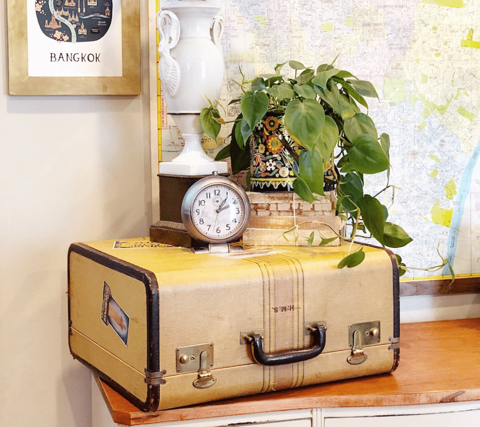 old-travel-trunks