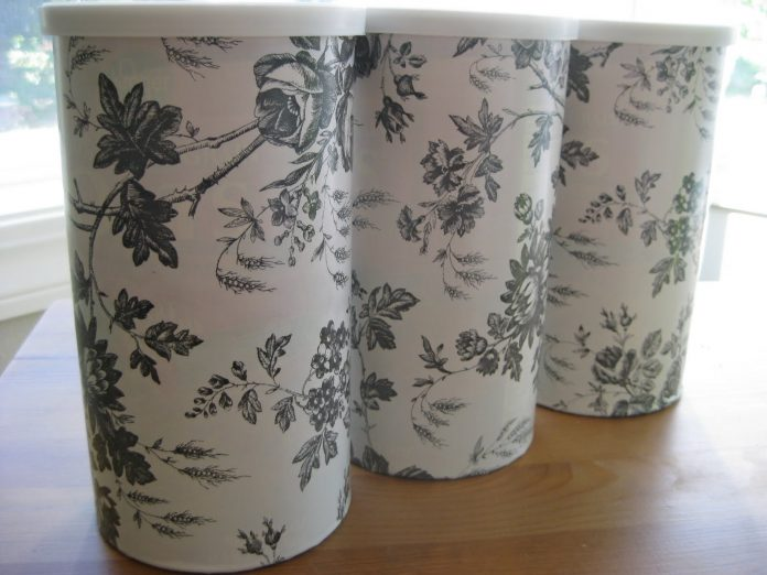 repurposing-oatmeal-containers