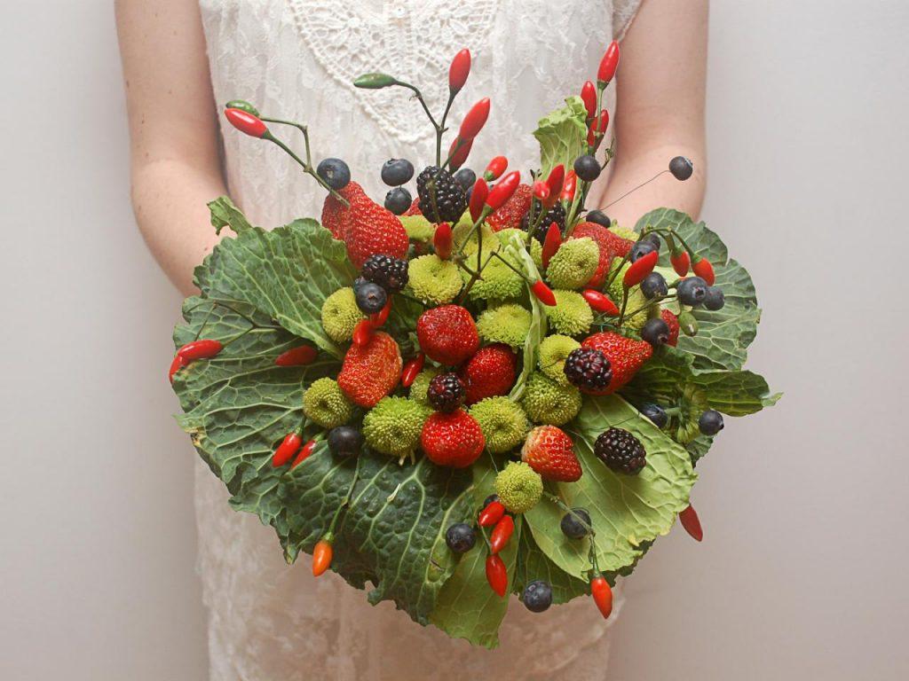 vegetable-fruit-bouquets