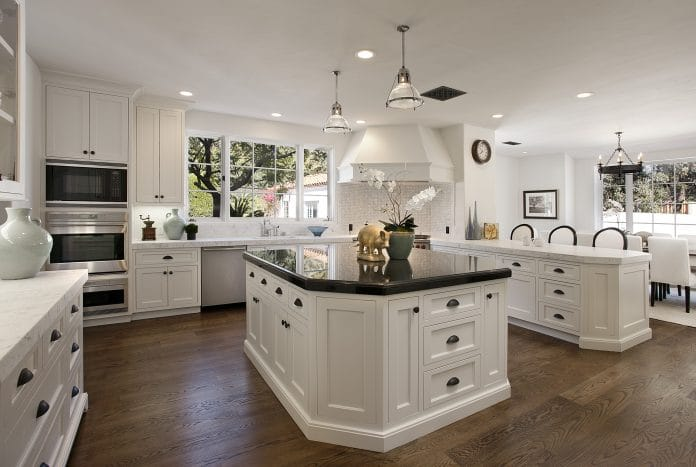 Cheap-Kitchen-Cabinets-Look-More-Expensive