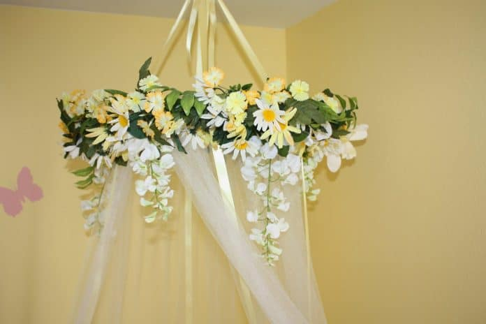 Curved-Shower-Curtain-Rod