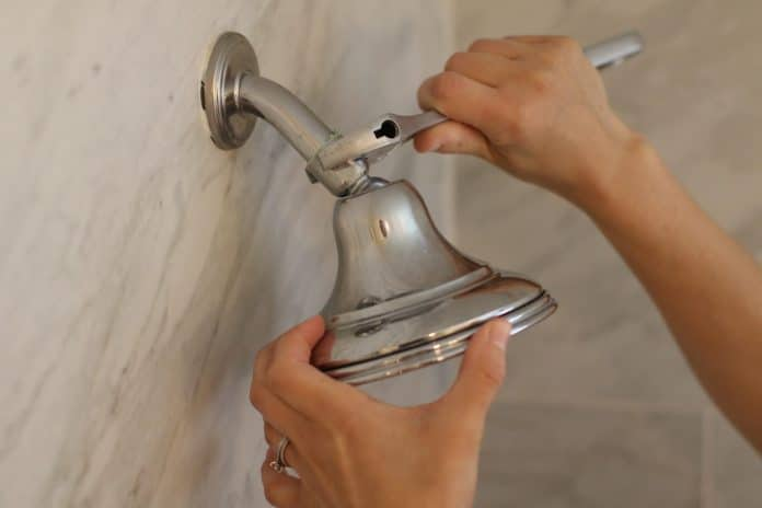 How-to-Remove-a-Stuck-Shower-Head