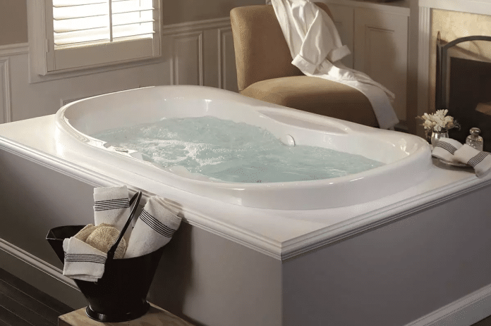 Whirlpool-Tub-Cleaning-and-Maintenance