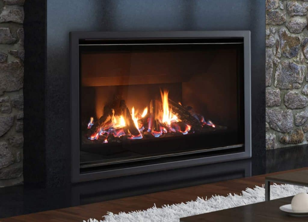 Cleaning-Gas-Fireplace-Glass