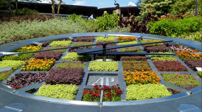 grow-floral-clock